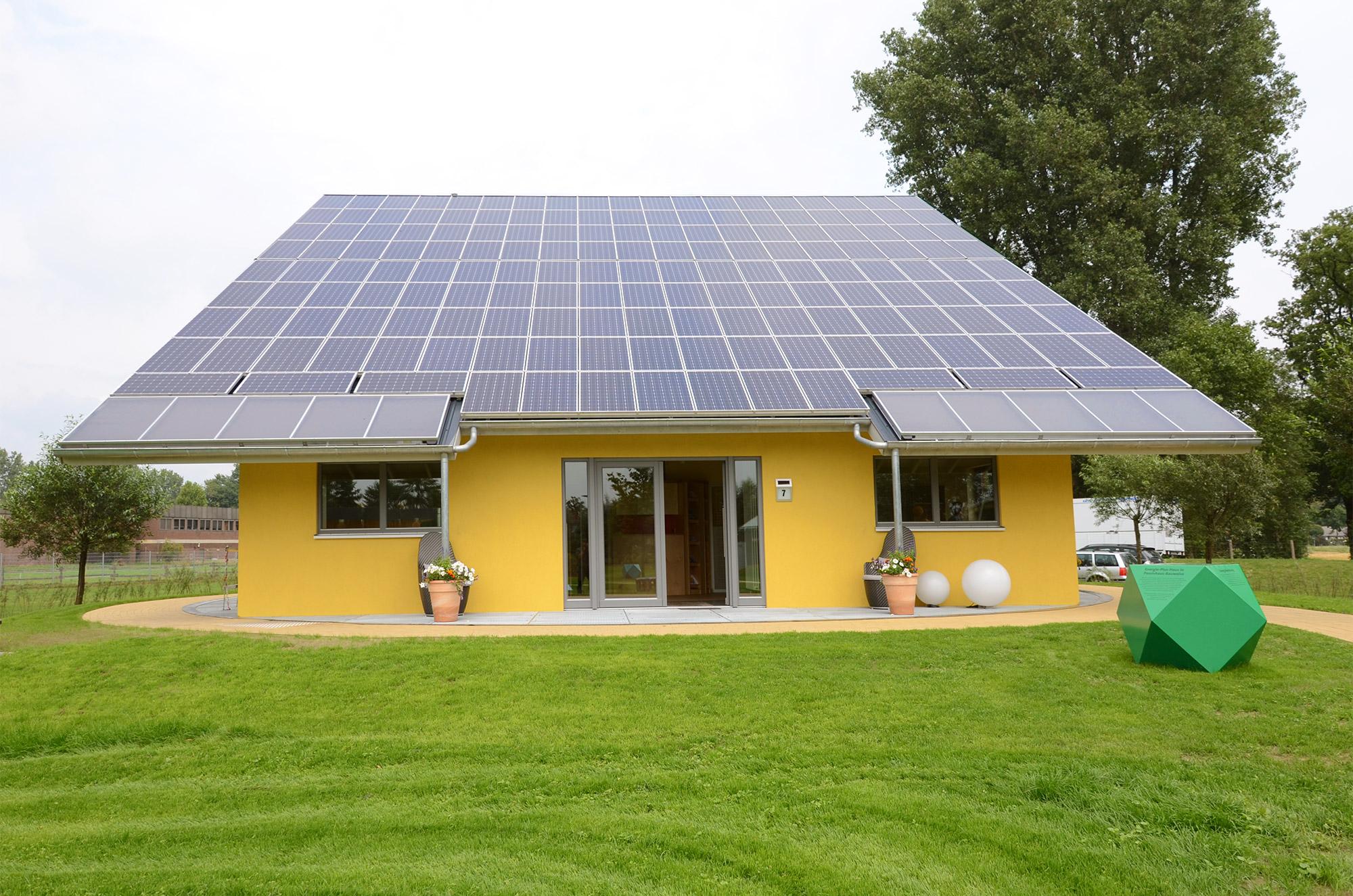 Energie-Plus-Haus Effizienzhaus Plus